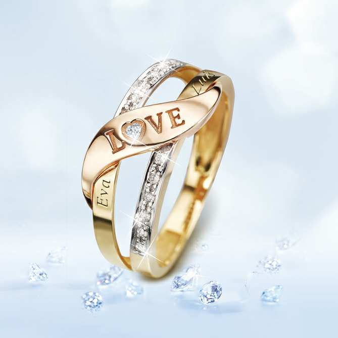 Anillo de oro y diamantes LOVE: Diamantes talla brillante