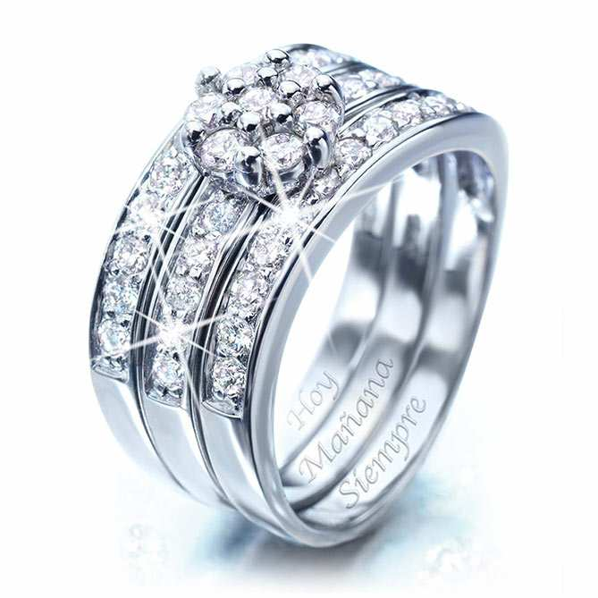 4dfb9c7d62c7 Anillo de compromiso de Oro blanco y Diamantes Romance  Oro blanco con 1  Quilate de