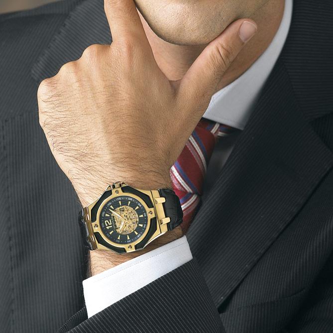 6662293e21b2 Reloj elegante de hombre en acero y oro