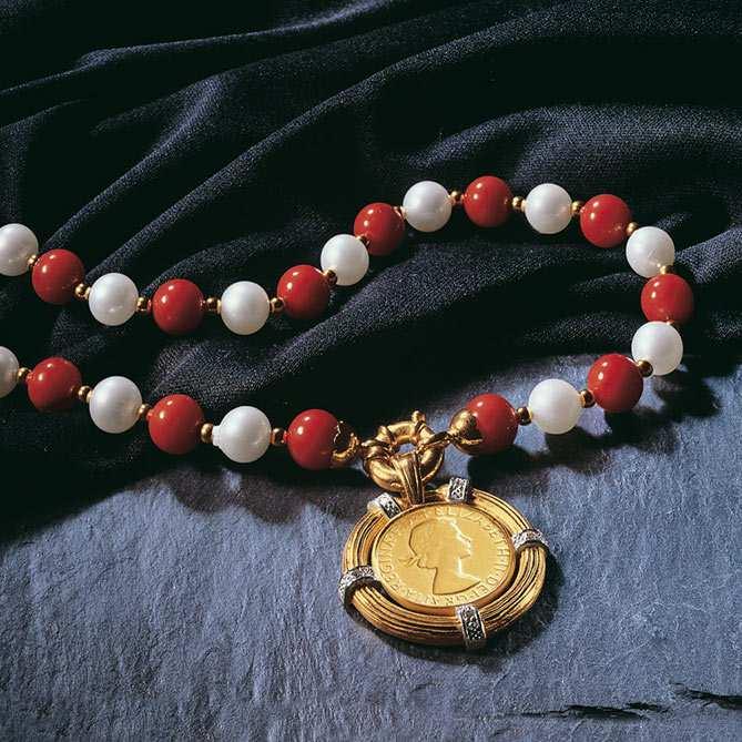 2e7a65567a30 Collar de perlas