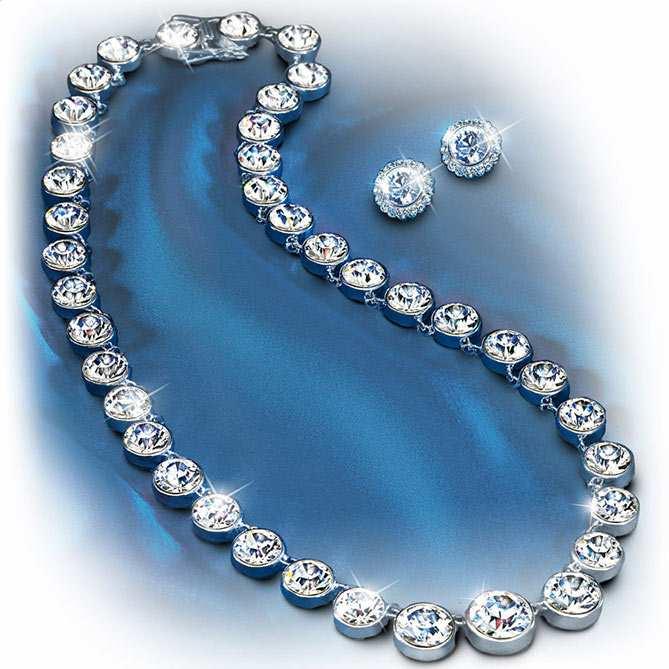 955cf264fc83 Conjunto Royal Family  Plata de Primera Ley. Conjunto Royal Family   cristales de Swarovski